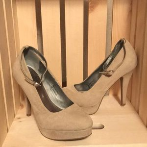 Maurices high heels size 7